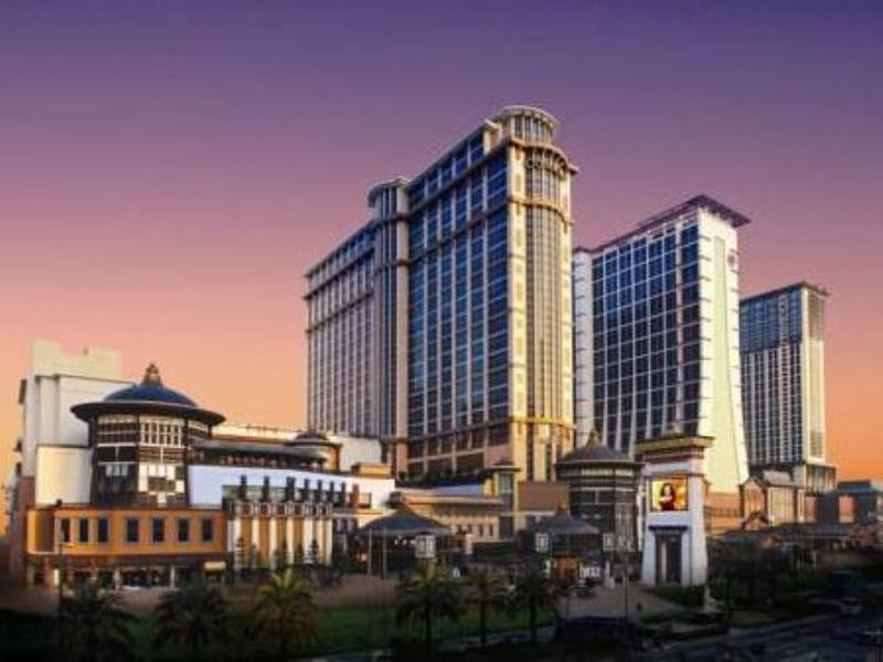 Holiday-Inn-Macao-Cotai-Central