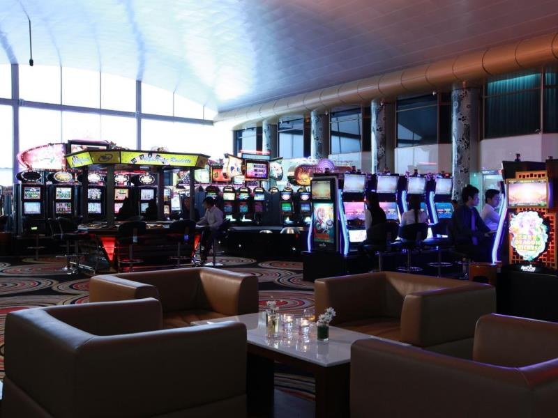 room-slot-casino-holiday-palace
